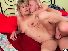 blow your load on mom\s face