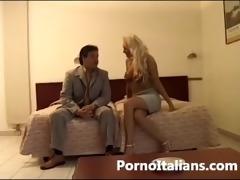d like to fuck bionda italiana scopata a pecorina