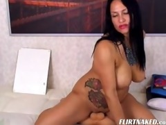 48 d like to fuck in livecam bonks her holes with