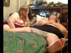 concupiscent bulky obese lesbians playing with