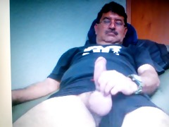 mexican daddy showing his big weenie on cam