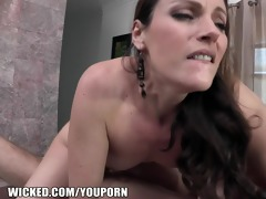phoenix marie picks up a younger stud on the web