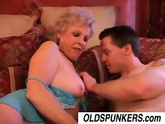 jewel is a hawt cougar who can to fuck lucky