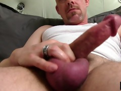 mature tucker jerking off his pounder