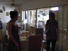 mother spanks not her daughter