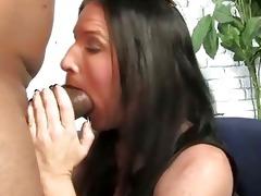 brunette mother gets boned by a large black weenie