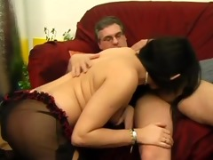dad anal fucks his shemale daughter