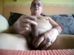 daddy beats off in bed