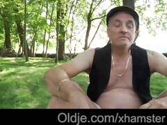 hippie oldman have sex with very cute young girl