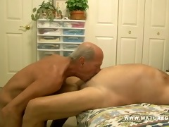 muscular mature man fuck a juvenile piece of gazoo