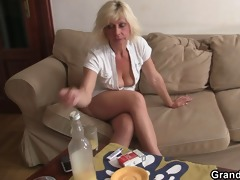 hot blond older needs fresh rods