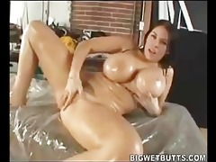 daphne rosen has enjoyment with oil