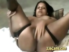 38 year old indian hotty playing on webcam