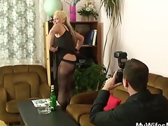 ribald photosession and sex with his old bag