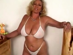 priceless hot body for playing