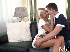 mommy mature golden-haired babe knows how to keep