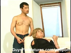 chubby mature fucked by asian lad
