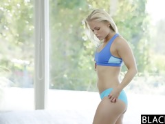 blacked hot blonde ash hollywood cheats with her