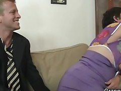 old mommy widens legs for youthful cock