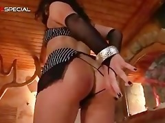 excellent pierced pussy d like to fuck sucking
