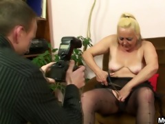 she is finds naughty images with him and her mamma
