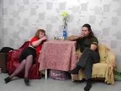 redhead bulky stepmom with hairy pubis &; guy