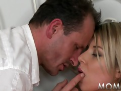 mamma slim blonde with petite mambos likes big