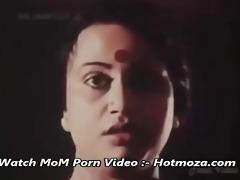 hot mallu maid seducing her owner son -