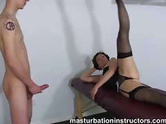 oldie bitch goddess spreads her legs to tease a